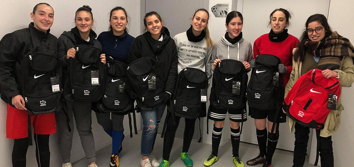 Campanha de entrega de mochilas Nike continua a decorrer