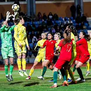 Estão de regresso os torneios de futebol feminino